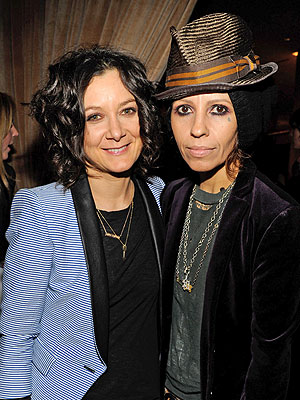 Sara Gilbert Linda Perry children's album Deer Sounds