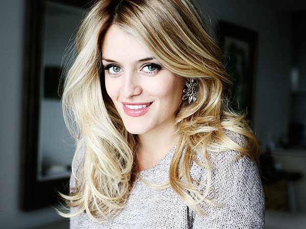 Daphne Oz Breastfeeding Bravado Designs Baby Buggy