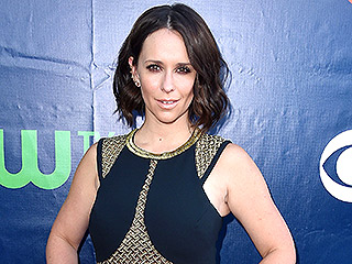 Jennifer Love Hewitt: Why I Kept My Husband Happy During Labor | Jennifer Love Hewitt