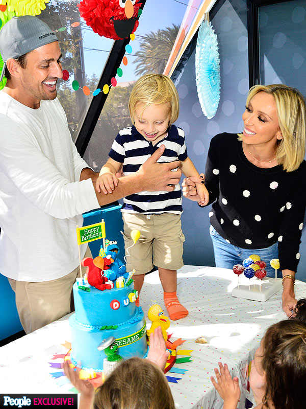 giuliana and bill rancic son duke on images baby eating birthday cake
