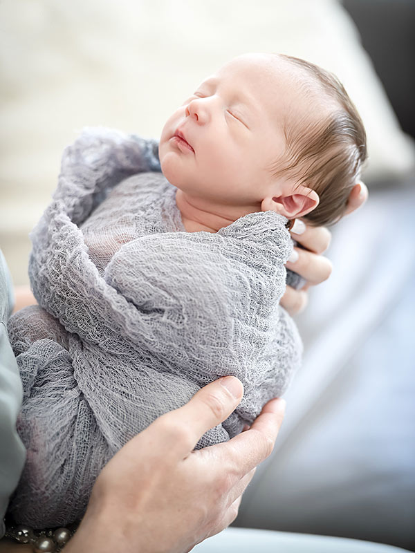 J.P. & Ashley Hebert Rosenbaum Introduce Son Fordham   and Talk Breastfeeding