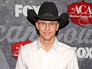 Ty Murray and Jewel's Son Wants to Be 'All Cowboy'd Up'