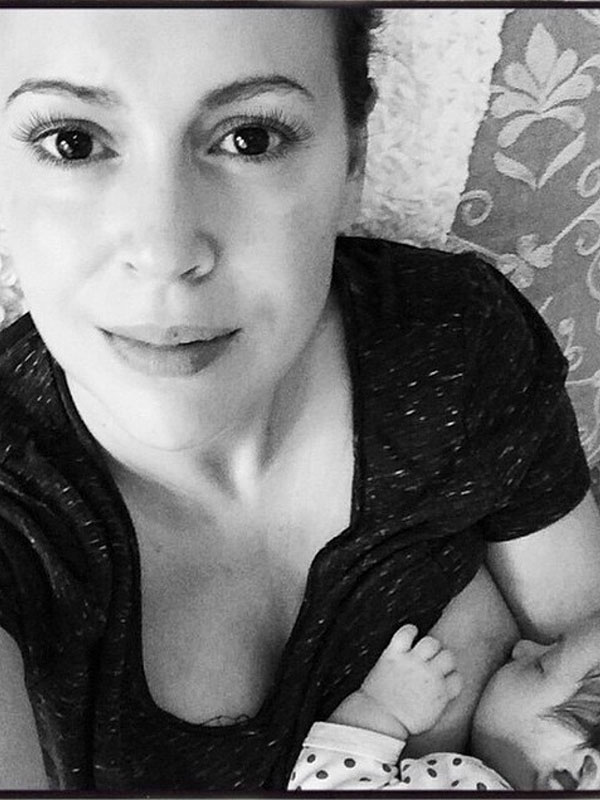 Alyssa Milano Daughter Elizabella Dylan First Photo Breastfeeding