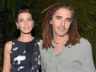 Baby on the Way for Jessica Paré