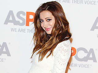 Noureen DeWulf: My Son's 'Telling Me from My Belly' He'll Play Hockey
