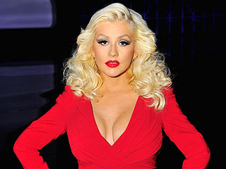 Wow! Christina Aguilera Stunningly Steps Out 3 Months After Baby
