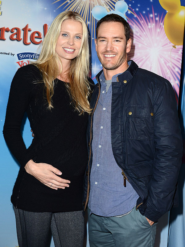 Mark-Paul Gosselaar Expecting Fourth Child