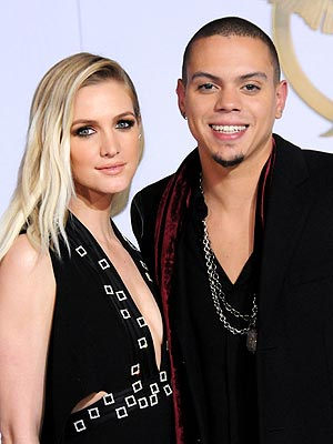 Ashlee Simpson Pregnant Evan Ross First Child