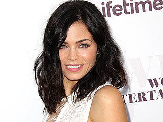 Jenna Dewan-Tatum Wonders How Moms Find Time to Wear Makeup