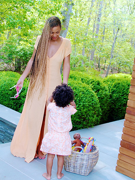 VACATION CHIC photo | Beyonce Knowles, Blue Ivy Carter