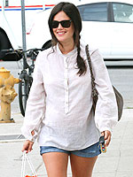 Rachel Bilson Pregnancy Style Photos