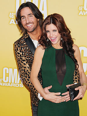 Happy Anniversary Jake & Lacey Owen!| Couples, Country, Jake Owen