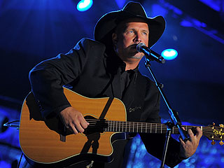Is Garth Brooks About to Make His Comeback?