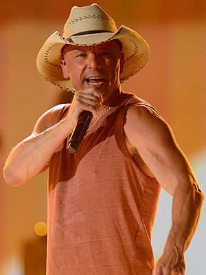 Kenny Chesney New Album, The Big Revival