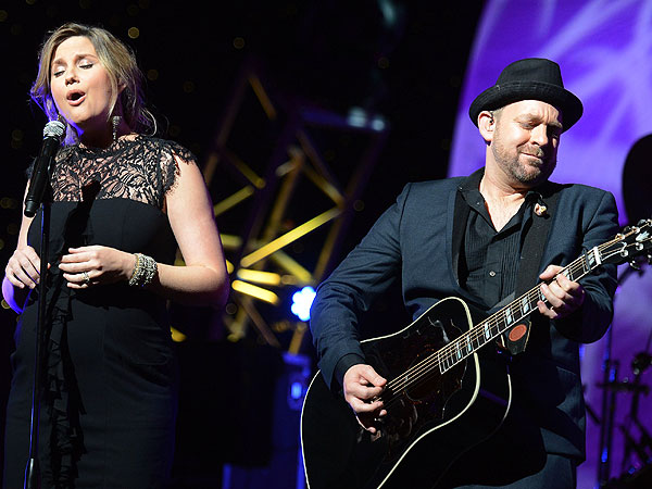 Sugarland's Kristian Bush on Why Being a Solo Artist Is Awesome| Sugarland, Country