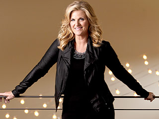 Trisha Yearwood Celebrates 50th with Garth Brooks – and 16,000 Atlanta Friends | Trisha Yearwood