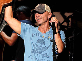 Here's What Happens When Kenny Chesney Plays a Surprise Show on Campus