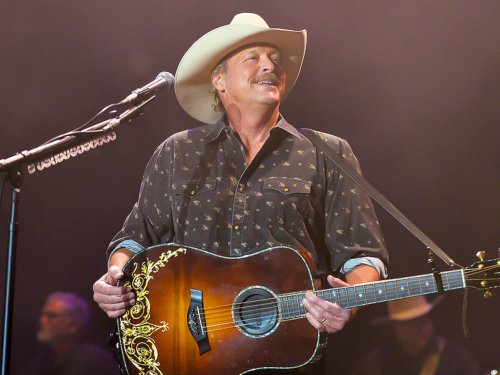 Alan Jackson Tour: 25th Anniversary Keepin' It Country