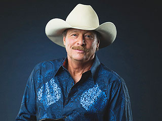 Alan Jackson Announces 25th Anniversary Tour – and 2 Very Cool Opening Acts | Alan Jackson