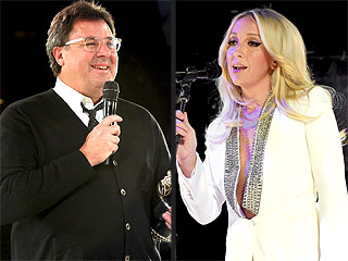 Aww! Vince Gill Breaks Down in Tears While Accepting BMI Icon Award in Nashville | Ashley Monroe, Vince Gill
