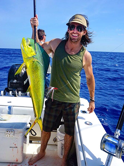 SALTWATER SEXY photo | Jake Owen
