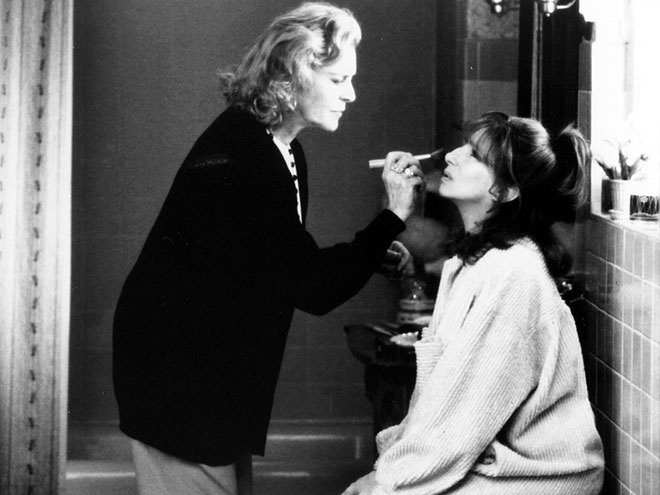 THE MIRROR HAS TWO FACES (1996) photo | Barbra Streisand, Lauren Bacall