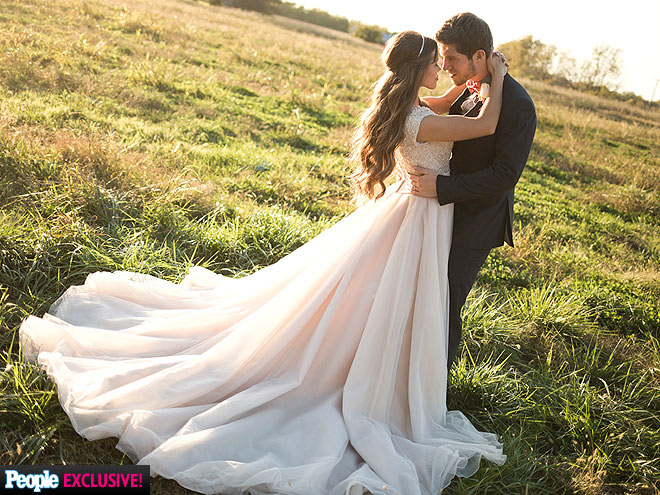 jessa duggar and wedding dress