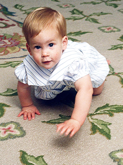 JUST A LITTLE BIT photo | Prince Harry