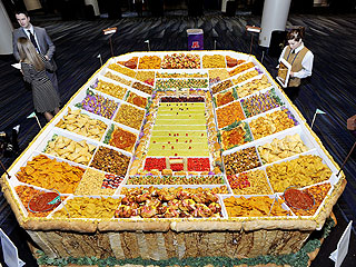 Pillsbury unveiled its Ultimate Snackadium at Taste of the NFL
