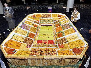 Pillsbury unveiled its Ultimate Snackadium at Taste of the NFL