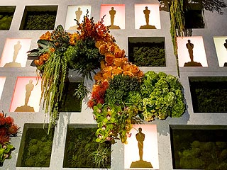 Oscars Governors Ball Flowers
