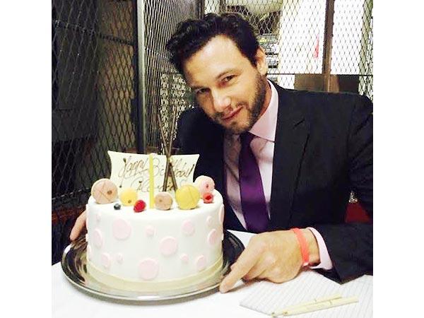 Rocco DiSpirito Sugar-Free Cake