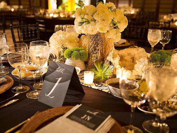 Nate Berkus Wedding & Nate Berkus Jeremiah Brent: Wedding Reception Dinner Menu Cake ...