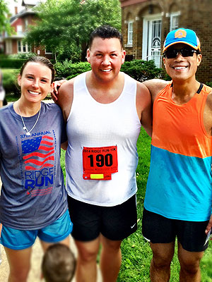 Graham Elliot runs a 10K