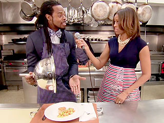 Richard Sherman cooks at the White House