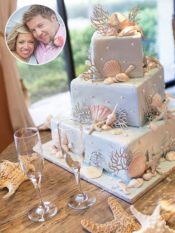 TLC's The Little Couple Vow Renwal Cake