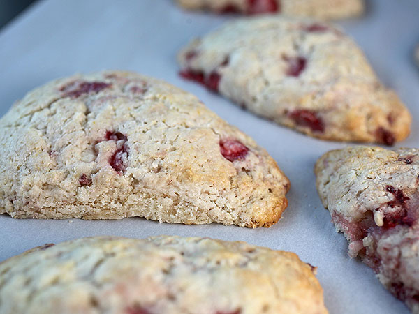 Bakerella's strawberry scones