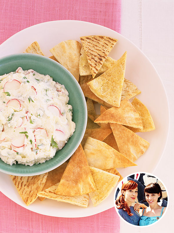 Alie & Georgia's pita chips recipe