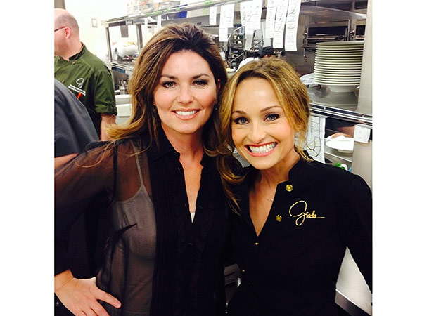 Shania Twain and Giada De Laurentiis