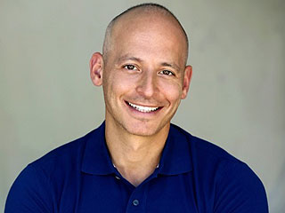 Celeb Trainer Harley Pasternak On How to Walk Your Way to Better Health