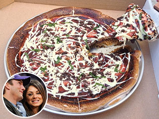 Ashton Kutcher and Mila Kunis Share S'mores Pizza in L.A.