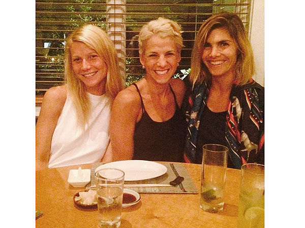 Gwyneth Paltrow, Jessica Seinfeld, Delphine Blaquier at Shuko Beach