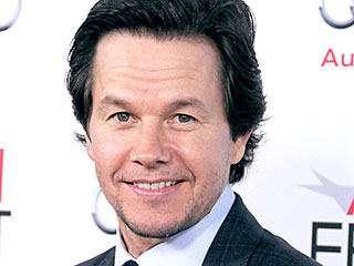 Why Is Mark Wahlberg Making That Face on His Family's Holiday Card? | Mark Wahlberg
