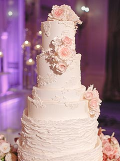 Lauren Scruggs Wedding Cake