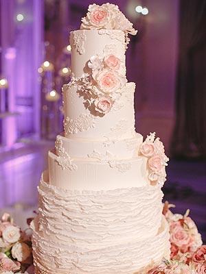 Lauren Scruggs Wedding Cake