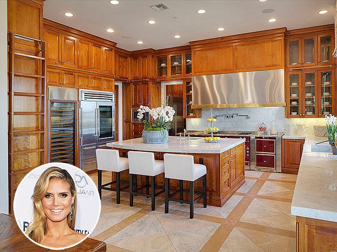 60 Stunning Celebrity Kitchen Designs (Photo Gallery)