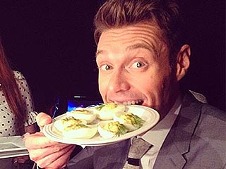Tweet & Eat! What Your Favorite Stars are Eating and Drinking Right Now