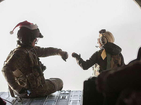Kellie Pickler Spent Her Christmas with Troops in Afghanistan
