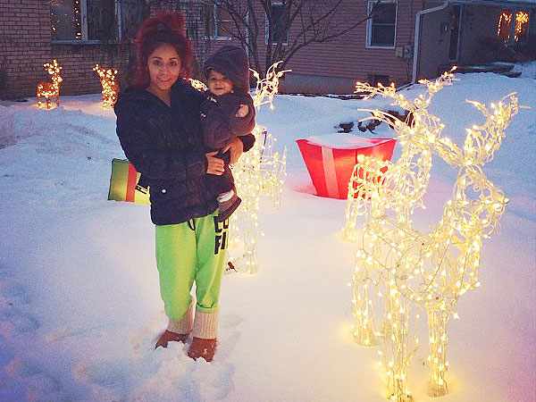 Reindeer Cookies & Piles of Presents: See Snooki's Most Festive Photos | Nicole Polizzi