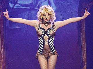 VIDEO: See How Britney Handles Wardrobe Malfunction in Vegas Show